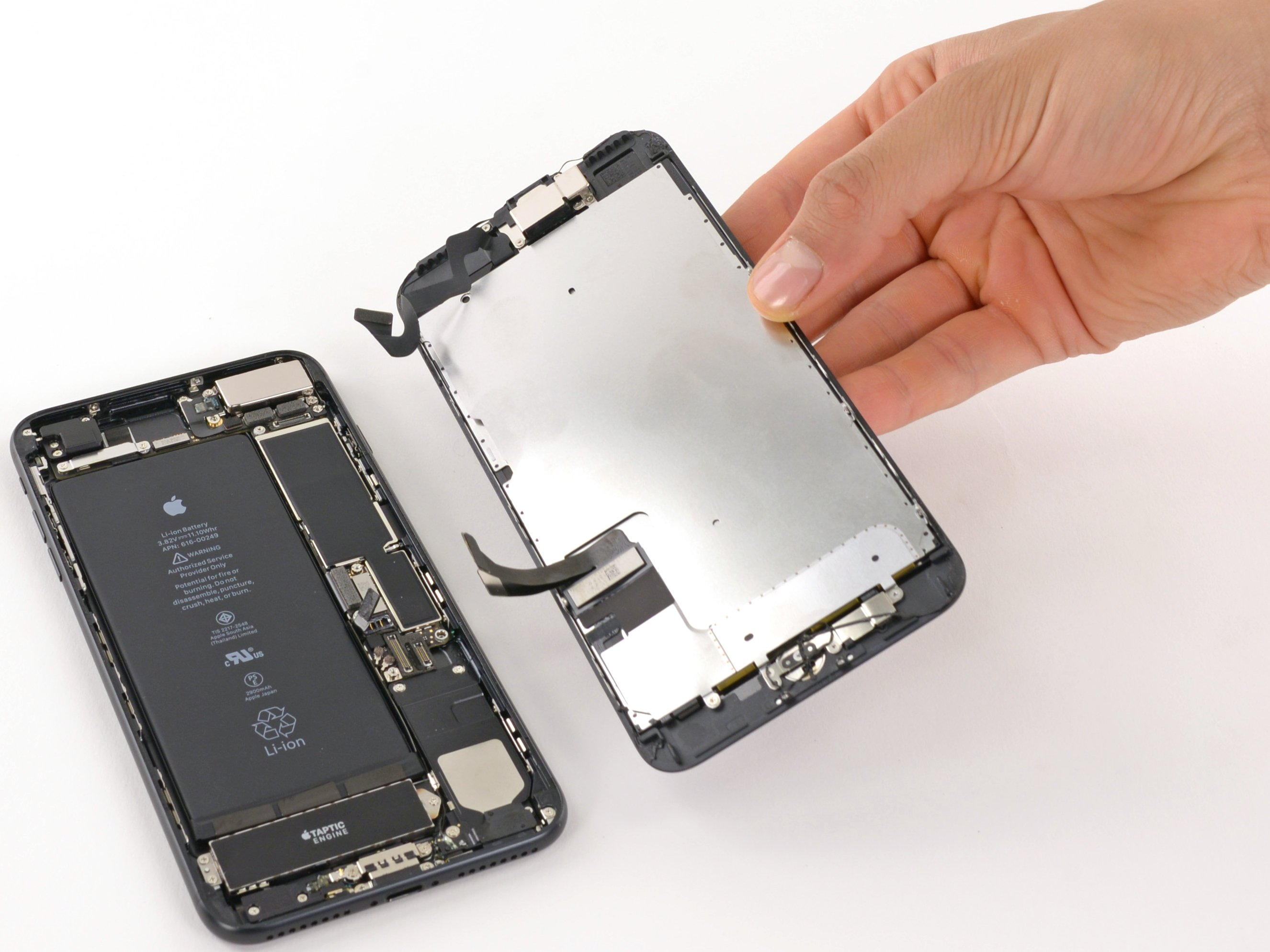 the best attitude abb4d 1fcf3 iPhone 7 Plus Screen Replacement Fort Wayne